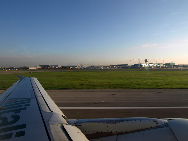http://carst.smugmug.com/Flights-and-Airplanes/2012-11-23-3-Rome-Paris/i-XzpBDrC/0/L/20121123-154018-1-L.jpg