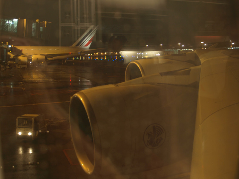 http://carst.smugmug.com/Flights-and-Airplanes/2012-11-23-4-Paris-Singapur/i-GDGk37t/0/L/20121123-230916-L.jpg