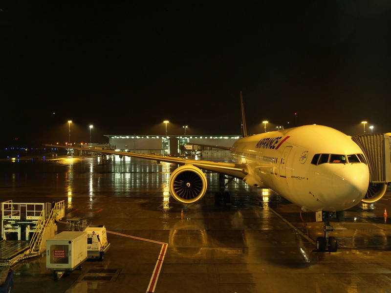http://carst.smugmug.com/Flights-and-Airplanes/2012-11-23-4-Paris-Singapur/i-HxQg5BL/0/L/20121123-182712-L.jpg