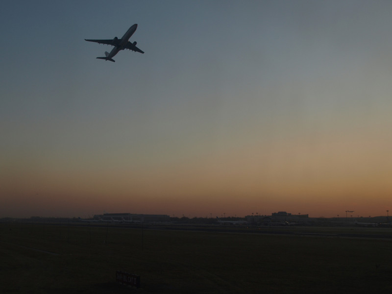 http://carst.smugmug.com/Flights-and-Airplanes/2012-12-03-1-Shanghai-Peking/i-zDM6QLb/0/L/20121203-093932-L.jpg