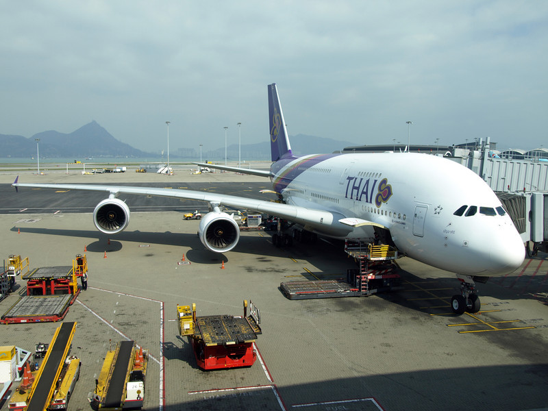 http://carst.smugmug.com/Flights-and-Airplanes/2012-12-09-1-Hongkong-Bangkok/i-QMpFrFP/0/L/20121209-054022-L.jpg