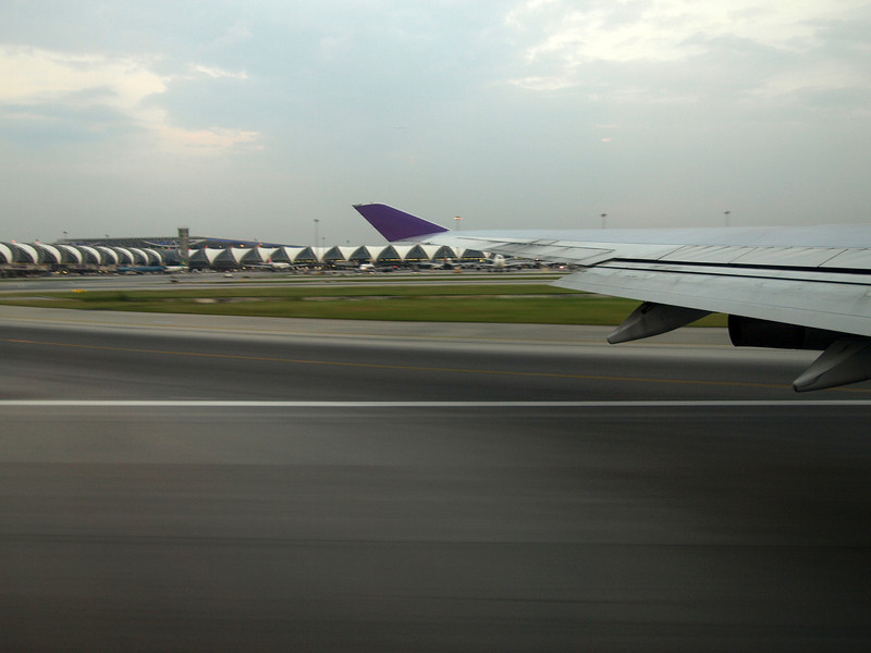 http://carst.smugmug.com/Flights-and-Airplanes/2012-12-09-2-Bangkok-Phuket-FD/i-xK6RZG7/0/L/20121209-114844-L.jpg