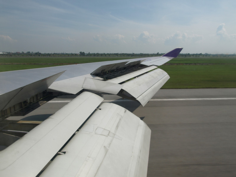 http://carst.smugmug.com/Flights-and-Airplanes/2012-12-16-1-Phuket-Bangkok/i-k2GKVRD/0/L/20121216-055622-L.jpg