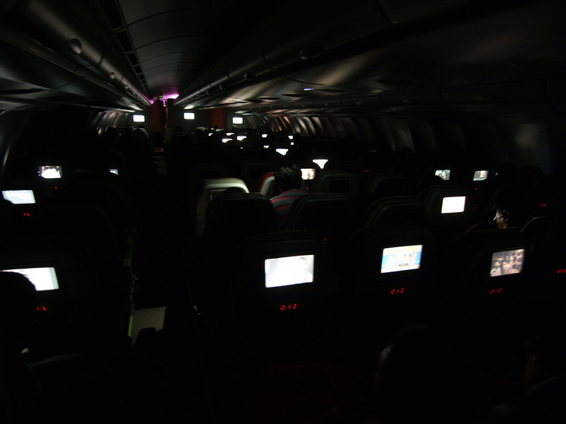 http://carst.smugmug.com/Flights-and-Airplanes/2012-12-16-3-Hongkong-Bangkok/i-qCmWnWs/0/L/20121216-170036-L.jpg