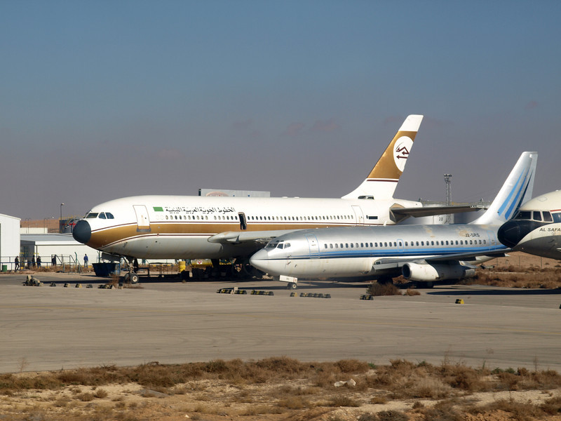 http://carst.smugmug.com/Flights-and-Airplanes/2012-12-17-1-Amman-Berlin-FD/i-Z9d5tv5/0/L/20121217-094340-L.jpg
